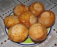 Magdalenas caseras. Ver receta: http://www.mis-recetas.org/recetas/show/1044-magdalenas-caseras