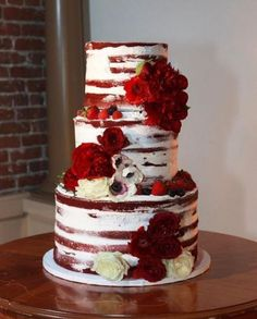 Unique Wedding Cakes Ideas For Your Special Moment - Red Velvet Cake Red Velvet Wedding Cake, White Wedding Cakes, Unique Wedding Cakes, Unique Cakes, Beautiful Wedding Cakes, Gorgeous Cakes, Wedding Cake Designs, Trendy Wedding, Homemade Wedding Cakes
