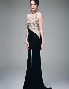 Rochii de seara sexy/Rochii de seara senzuala Prom Dresses, Formal Dresses, Evening Gowns, Cabaret, Dress Ideas, Fashion, Dresses For Formal, Evening Gowns Dresses, Moda