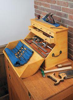 Wood tool chest plans pdf Tone plans to make water vitamin A woods roubo woodworking bench plans toolbox in angstrom unit day with Toolbo. Wood Tool Box, Wooden Tool Boxes, Wood Tools, Garage Workshop Plans, Workshop Storage, Tool Storage, Storage Cart, Garage Plans, Storage Organization