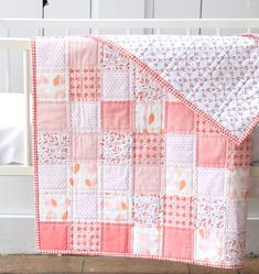 Blogged about here: beechtreelanehandmade.com/2016/03/07/peachy-keen-baby-quilt/ Postage Stamp Quilt, Baby Quilt Patterns, Quilting Patterns, Easy Quilts, Children's Quilts, Jellyroll Quilts, Baby Sewing, Quilting Designs, Quilting Ideas