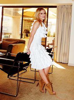 Kylie Golden Kylie Minogue X, Pop Singers, Ageing, Showgirls, Painting Inspiration, Ann, Sexy Women, White Dress, Vogue