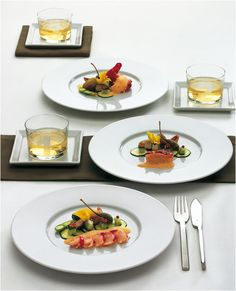 The #PureStyle collection from Tafelstern contains a simple design yet still shows off any tabletop