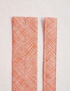 Cross Back Apron   Purl Soho Apron Pattern Free, Sewing Patterns Free, Knitting Patterns, Bib Pattern, Free Sewing, Sewing Hacks, Sewing Tutorials, Sewing Crafts, Scrap Fabric Projects