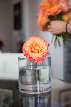 Make a rose twist bouquet by stacking each stem over one another.