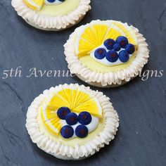 Lemon Meringue Cookies With Royal Icing Blueberries Meringue And Lemon Slices Lemon Meringue Cookies With Royal Icing Blueberries Meringue And Lemon Slices Lemon Meringue Cookies with Royal Icing blueberries, meringue... #featured-cakes #cookies #royal-icing #nfsc #decocookies #cakecentral