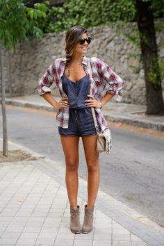 trendy_taste-look-outfit-street_style-ootd-blog-blogger-fashion_spain-moda_españa-camisa_cuadros-oversize-plaid_shirt-cowboy_booties-botines...