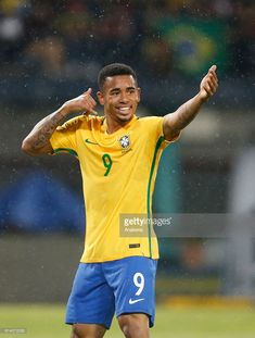 Gabriel Jesus of Brazil celebrates after scoring the opening goal during a match between Venezuela and Brazil as part of FIFA 2018 World Cup Qualifiers at Metropolitano Stadium on October 2016 in Merida, Venezuela. World Cup 2018, Fifa World Cup, Gabriel Jesus, Jesus Mother, Fifa 17, World Cup Qualifiers, Soccer Players, Football Soccer, Jesus Shirts
