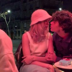 The Love Club, This Is Love, Relationship Goals Pictures, Cute Relationships, Cute Couples Goals, Couple Goals, Emo Couples, Teenage Couples, Indie Couple