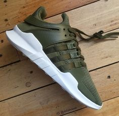 In search of more info on sneakers? Then click right here to get additional info. Adidas Tubular X Men\'s Fashion-Sneakers Sneakers Mode, Sneakers Fashion, Adidas Sneakers, Pink Sneakers, Green Addidas Shoes, Addidas Shoes Mens, Sneakers Design, Cheap Sneakers, Clothes