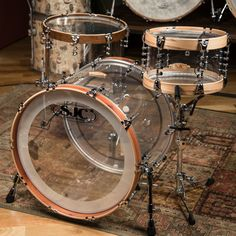 Clear drums with copper brown and oak brown rings edges.