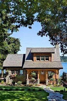 Dream cottage on the Puget Sound near Port Orchard, Wash. From Cabin Life magazine Dream cottage on the Puget Sound near Port Orchard, Wash. From Cabin Life magazine Haus Am See, Cute Cottage, Rustic Cottage, Garden Cottage, Coastal Cottage, Rustic Farmhouse, Cabins And Cottages, Small Cabins, Small Cottages