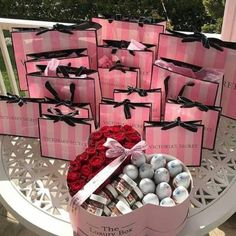 Ok that's the sky ❤️ - Victoria Secret's - Rich Lifestyle Victoria Secrets, Victoria Secret Pink, Victoria Secret Wallpaper, Boujee Lifestyle, Luxury Lifestyle Fashion, Birthday Goals, Luxe Life, Rich Girl, Girly Things