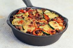 A simple Beef, courgette and tomato gratin recipe for you to cook a great meal for family or friends. Buy the ingredients for our Beef, courgette and tomato gratin recipe from Tesco today. Quick Dinner Recipes, Summer Recipes, Tomato Gratin Recipe, Healthy Dishes, Healthy Recipes, Healthy Food, Tesco Real Food, Gratin Dish, Fried Beef