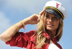 Heidi Klum Photos Photos - Victoria's Secret Fashion Show 2008.The Victoria's Secret Angels arrive by yacht to the Fontainebleau Resort in Miami Beach, Florida.November 14, 2008. - Victoria's Secret Angels Arrive