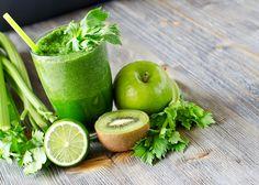 Green Kiwi Apple and Celery Smoothie