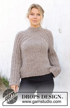 Drops Design, Hand Knitted Sweaters, Knitted Poncho, Knitting Patterns Free, Free Knitting, Crochet Patterns, Jumpers For Women, Sweaters For Women, Chunky Wool