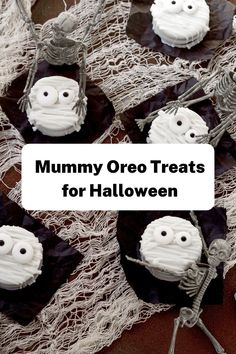 These easy Halloween cookie treats are made with Oreos! They make a great Halloween party food. They are simple to make, kid-friendly, and require NO baking! Make these easy Halloween Mummy Treats from Oreos today! This is one Halloween treat idea that is guaranteed to please even the pickiest of kids! #thebearfootbaker #halloween #halloweendesserts #halloweenfood #halloweenpartyfood #halloweenbaking #halloweentreatideas Halloween Baking, First Halloween, Halloween Desserts, Halloween Food For Party, Halloween Cookies, Easy Halloween, Halloween Treats, Halloween Decorations, Oreo Treats