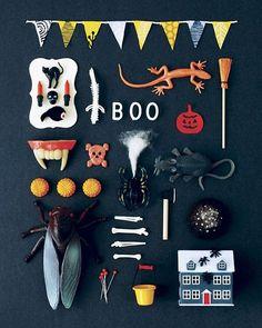 (ちょっと気が早いですが) 今年もハロウィン ミニチュアコラージュポスターをお店に出しました!グリーティングカード3枚セットもあり〼。Just listed Halloween miniature collage prints on my @etsy shop! There are greeting card sets too! www.hine.etsy.com #halloween #prints #etsy #hine #spooky