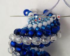 * Zig-Zagging Cellini Spiral Beadwoven Bracelet   MyAmari