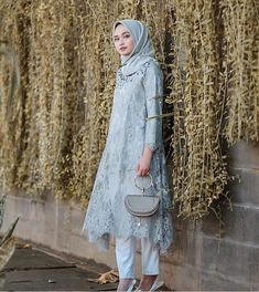 Kebaya Brokat Modern Model Tunic Soft Blue