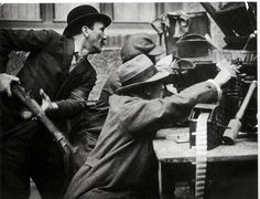 Revolutionaries battle in the streets during the German Spartacist Uprising of 1919. (Libcom)