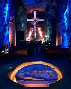 """""""La Primera Maravilla de Colombia. La Catedral de Sal de  Zipaquirá.😍 . . . . . . El recorrido inicial de las 12 estaciones del viacrucis de Jesús no cumplía mis expectativas, pero lo mejor se encuentra al final. La cúpula, el coro y las 3 naves principales son impresionantes. . . . . . Zipaquirá, Cundinamarca. Colombia. 🇨🇴"""" by @oscarfarias_._. #fslc #followshoutoutlikecomment #TagsForLikesFSLC #TagsForLikesApp #follow #shoutout #followme #comment #TagsForLikes #f4f #s4s #l4l #c4c…"""