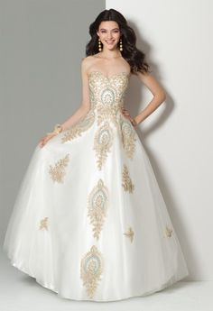 109b1a7d905e 81 Best Prom 2018 images | Ballroom gowns, Clothing styles, Dress styles