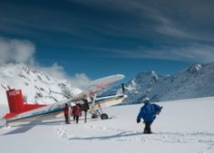 Skiers guided by Alpine Guides are boarding a Ski Plane Mount Cook, Skiers, Mountain Range, Alps, New Zealand, Plane, Mount Everest, Photo Galleries, Explore