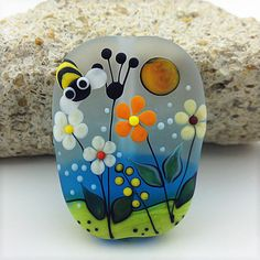 ❤~Piedras Pintadas~❤ ♥ ⊰❁⊱ Painted rock: – Art – Art is my life. Pebble Painting, Dot Painting, Pebble Art, Stone Painting, Painting Flowers, Stone Crafts, Rock Crafts, Arts And Crafts, Caillou Roche