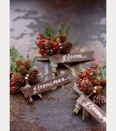 Red berries, pinecones and Christmas greens ~ we ❤ this! moncheribridals.com