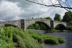 https://flic.kr/p/2EVWTF | Llanrwst - bridge over Conwy River 29 5 06 007 | [Straightened].
