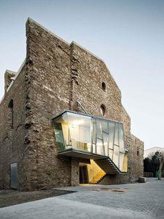 Convento de Sant Francesc by David Closes i Núñez -   Santpedor/Espagne/2011 via Archilovers