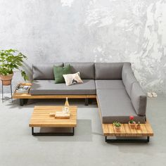 whkmp's own loungeset Luciana Indoor Outdoor Furniture, Deck Furniture, Home Decor Furniture, Pallet Furniture, Furniture Design, Outdoor Sofa, Sofa Lounge, Sofa Set, Wooden Sofa Designs