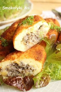 Discover recipes, home ideas, style inspiration and other ideas to try. B Food, Good Food, Yummy Food, Carne, Kitchen Recipes, Cooking Recipes, Meals Without Meat, Polish Recipes, Potato Dishes