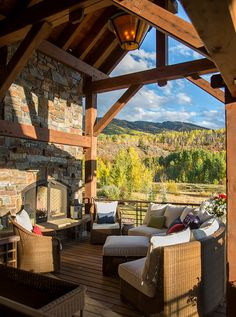 Colorado Mountain Homes, Colorado Cabins, Colorado Homes, Cabin Homes, Log Homes, Sunroom Decorating, Outdoor Living Rooms, Cute Cottage, Getaway Cabins