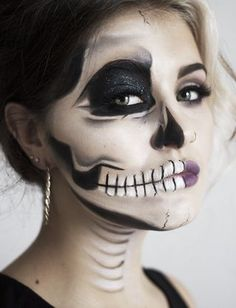 Halloween make-up tutorial Half face scull design