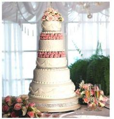 "14"" Champagne Diamond Cake Stand $110  #wedding #weddingdecor #cakestand #diamond #champagne"
