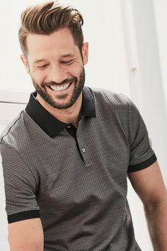 Comprar Polo gris con diseño de jacquard de primera calidad online hoy en Next: España