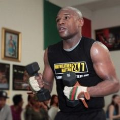 pic by - Sport Inspiration, Floyd Mayweather, Under The Influence, The Brethren, Stay In Shape, Ufc, How To Stay Healthy, Tank Man, Health Fitness