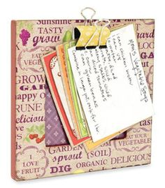 Super cute way to hold your recipe card while you are baking/cooking! Great gift idea, too!