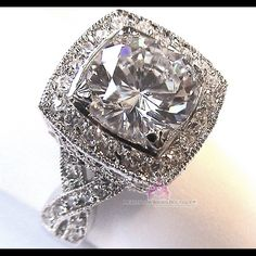 MASTERPIECE CZ SILVER GLAM ENGAGEMENT WEDDING RING GREAT GIFT!, Masterpiece Ring, Available in size 6 & 10 only. Genuine clear cubic zirconias with an intricate, delicate but bold design. ANTIQUE-LOOK WITHOUT THE ANTIQUE PRICE. See photos for detailing. Excellent Quality! Great GIFT!! Even to yourself! Just mention the size you need after purchase... Please do not wear this in water, WILL SHIP RIGHT AWAY Jewelry Rings