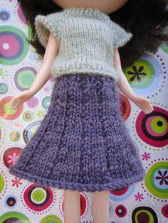 wrap skirt free knitting pattern for Blythe