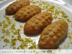 The platform where we share the best and most accurate recipes of Turkish sweets. Our goal is to deliver Turkish sweets to the whole world. Try new desserts with us Köstliche Desserts, Delicious Desserts, Dessert Recipes, Yummy Food, Drink Recipes, Yummy Recipes, Tasty, Turkish Sweets, Turkish Dessert