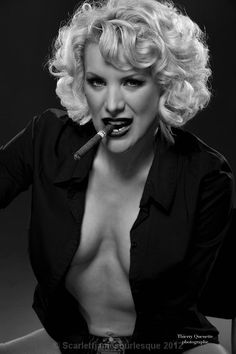 Welcome to Scarlett James - Montreal Burlesque Star!