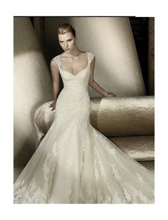 Lace Sweetheart Neckline Trumpet Wedding Dress with Cap Sleeves - Bridal Gowns - RainingBlossoms
