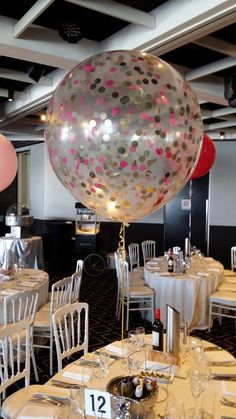 Awesome balloon decorations pinterest wedding balloons weddings balloon art offering giant latex balloons australia deliver giant balloon decoration for your party in all shapes and sizes contact us now for attractive junglespirit Image collections