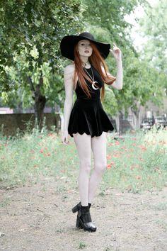 Olivia Emily - UK Fashion Blog.: AHS/Buffy. Style Outfits, Gothic Outfits, Sexy Outfits, Cute Outfits, Fashion Outfits, Witch Fashion, Uk Fashion, Gothic Fashion, Alternative Outfits