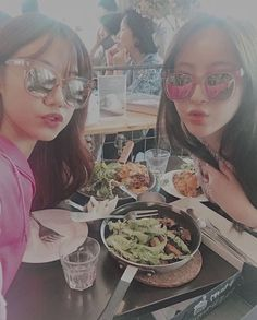 Namjoo de apink con jung hye sung