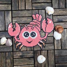 Næste stop - @leoslegeland og fødselsdag for en dejlig lille mus 🇩🇰❤️ Jeg synes selv de små perlerier fra app'en gør sig fantastisk på… Hama Beads Animals, Beaded Animals, Pearler Bead Patterns, Pearler Beads, Hama Mini, Hama Beads Design, Perler Bead Art, Fuse Beads, Pony Beads